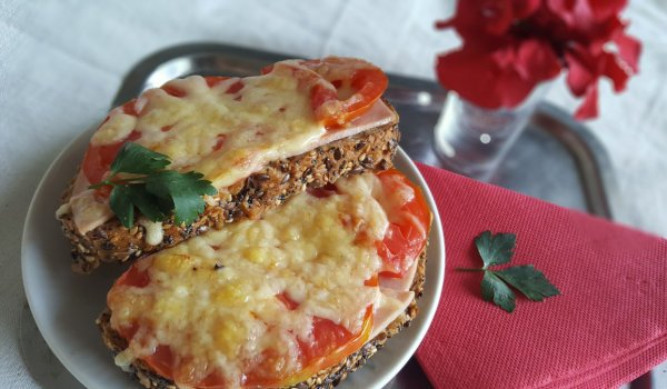 Warm Sandwiches with Salami, Cheese and Tomatoes