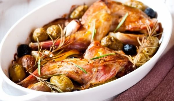 Rabbit with Olives and Spices