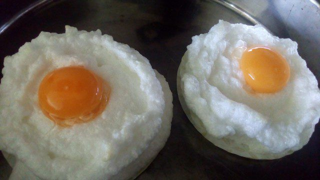 Airy Eggs Sunny Side Up