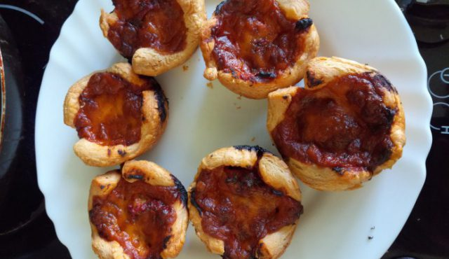 Pizza Muffins with Puff Pastry