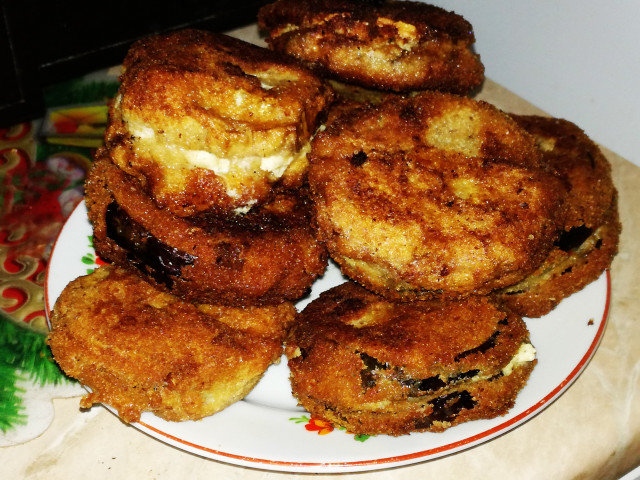Crumbed Stuffed Eggplants