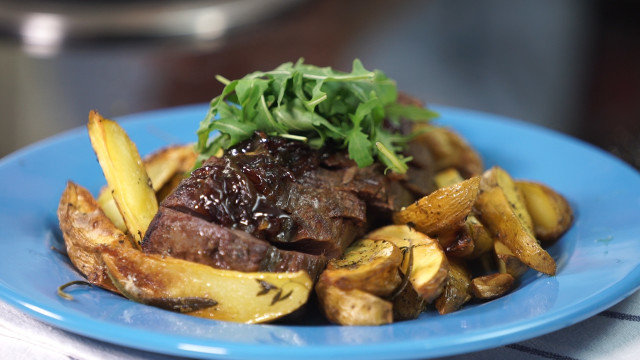 Veal Steaks with Spicy Potatoes